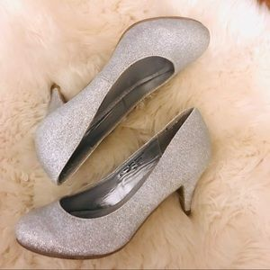 Shoes - Silver Evening Pumps Size 5.5 NEW